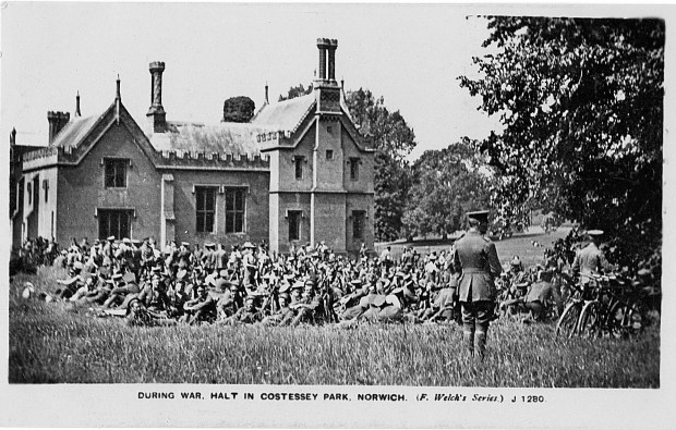 SOLDIERS IN COSTESSEY PARK, WW1.