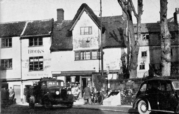 The Barking Dickey in its greengrocer days.