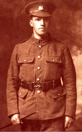 Arthur Rutter in uniform.