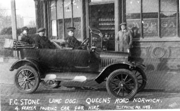 Henry Stone was the publican Lame Dog in 1920