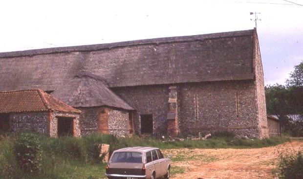 Pasto Tithe Barn