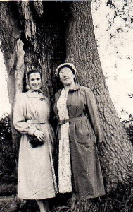 Tiggie and my mother by the hollow tree